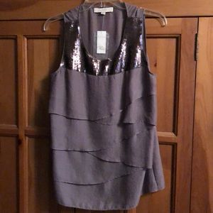 Women's tiered and sequin tank top size medium NWT